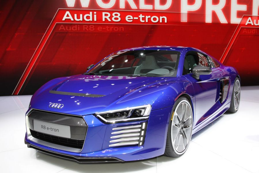 audi r8 e tron fotos und bildergalerie. Black Bedroom Furniture Sets. Home Design Ideas