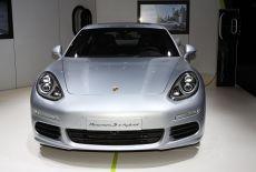Porsche Panamera S E-Hybrid - zur Galerie