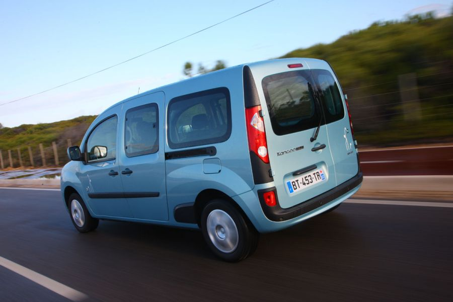 renault kangoo maxi z e fotos und bildergalerie. Black Bedroom Furniture Sets. Home Design Ideas